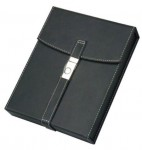 BLACK LEATHER TRAVEL HUMIDOR WITH CHROME BUCKLE 10 CIGAR CAPACITY