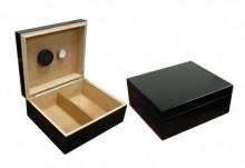 Humidor Black 25-50 Cigar Capacity Humidor